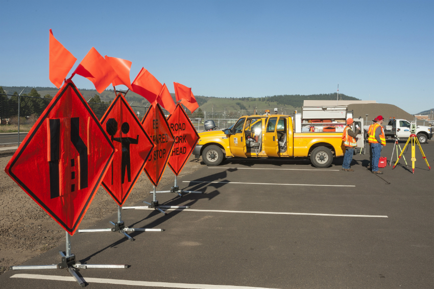2013_Construction_Day_-_Safety_zone_(8777558028)