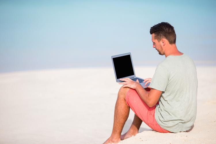 freelance web developer issues - sitting on the beach