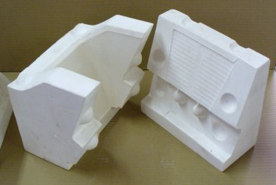 Melt flow tester mold - two main pieces