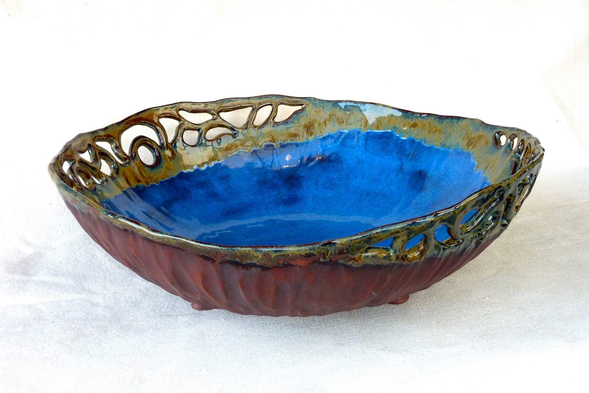 M332 bowl by Louise Bouchard