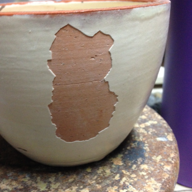 A non-vitreous body can have a very poor bond with the glaze