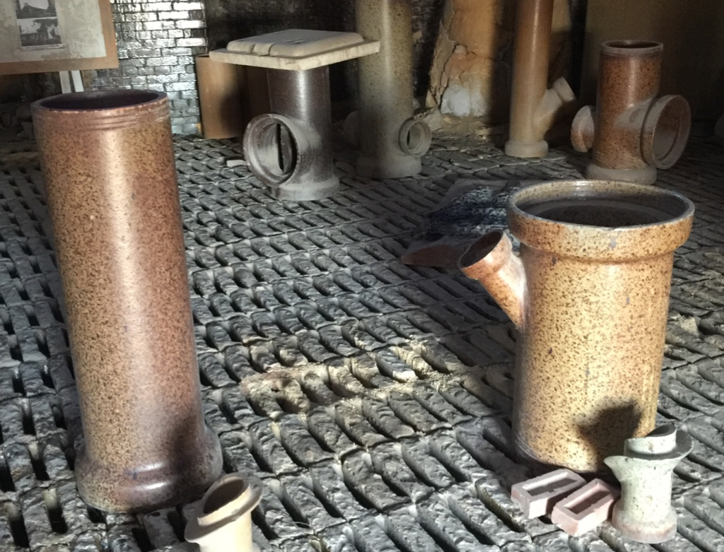 Salt glazed sewer pipe and fittings