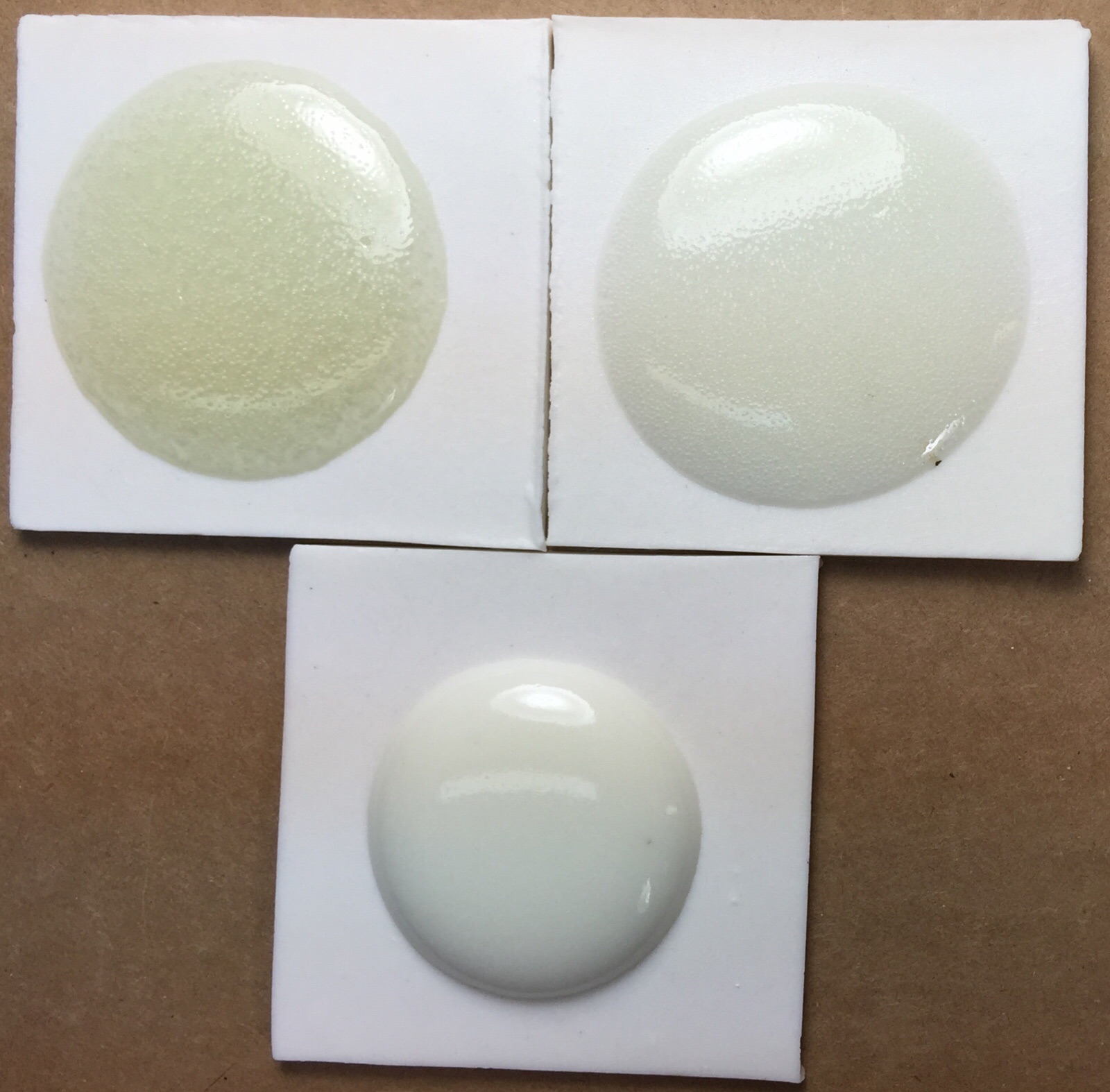 Glaze bubbles behaving badly! We see it in a melt fluidity test.