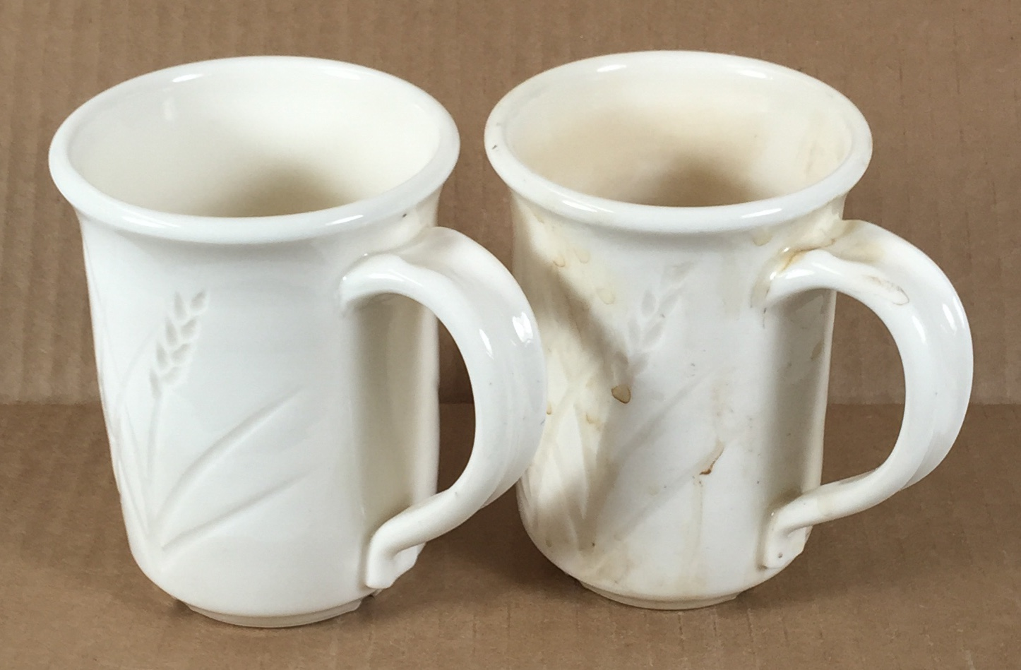 A problem with super-white porcelain mugs