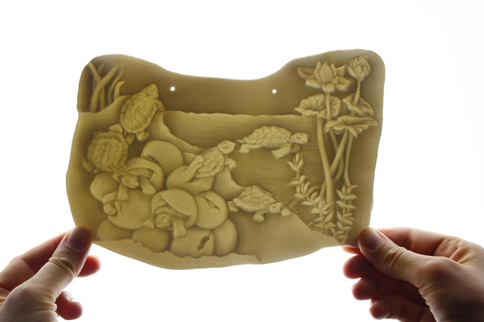 Translucent Porcelain Lithophane by Stephanie Osser