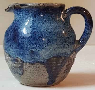 Vanadium blue reduction fired glaze