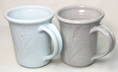 A Grolleg based cone 10R porcelain (left) vs. 25-Porcelain