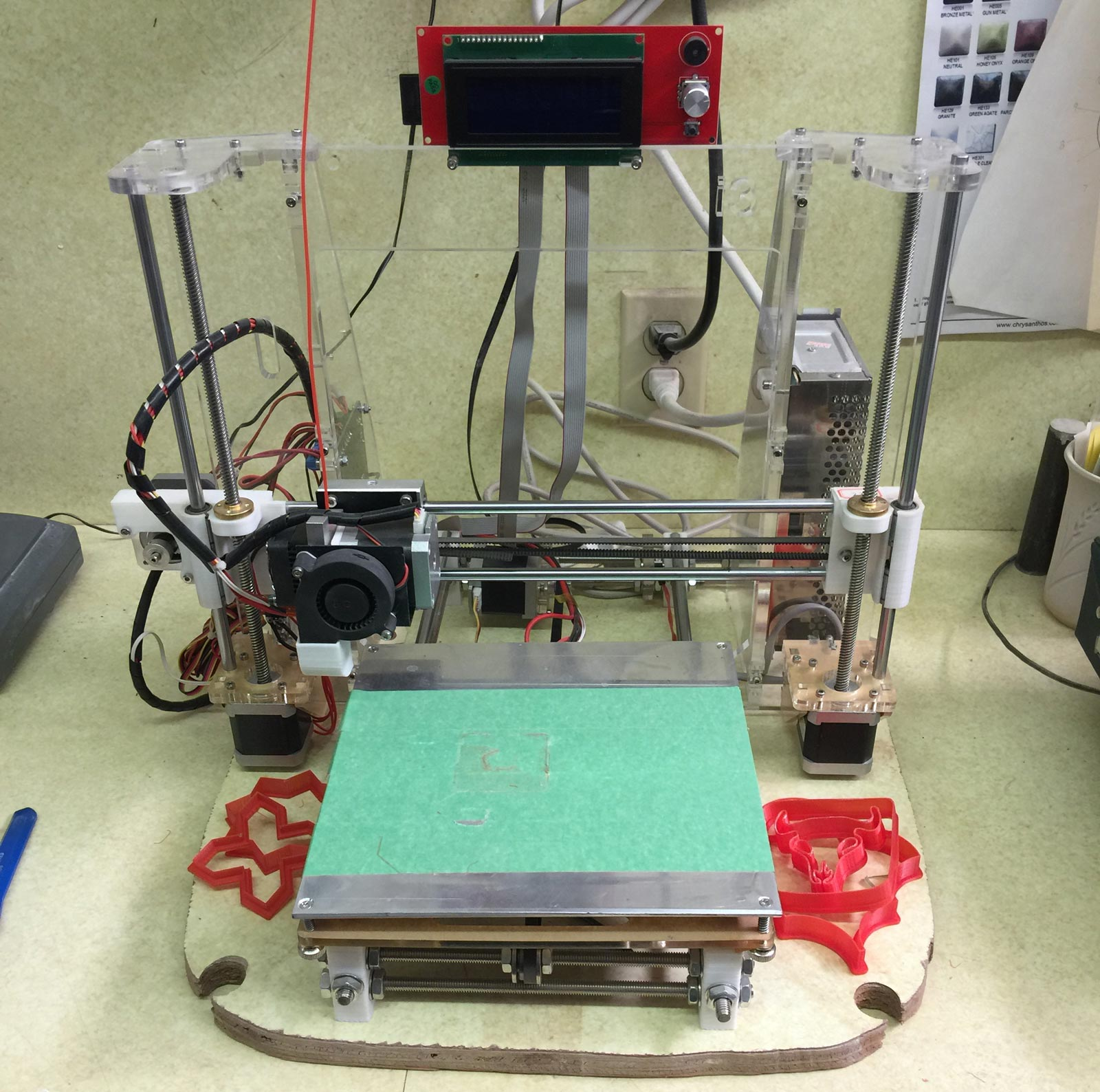 The movable printing bed on a common 3D RepRap printer