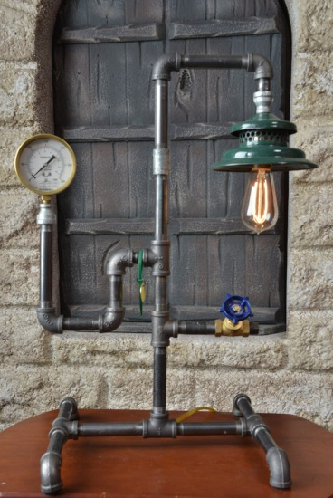Industrial desk lamp, Steam Punk desk lamp, upcycled Vintage | C80_5279.jpg