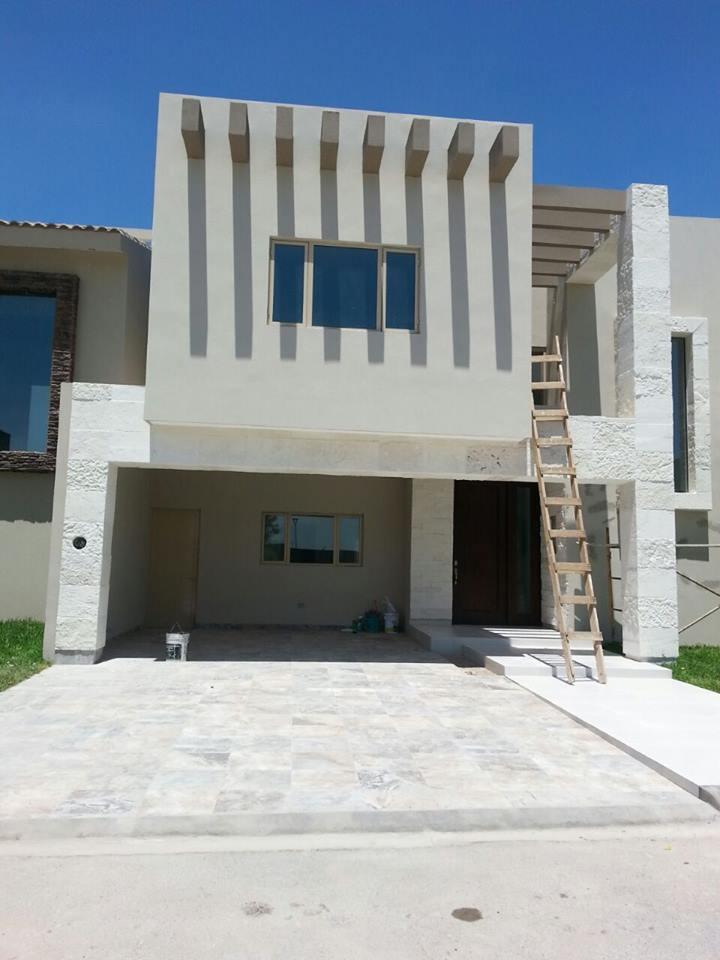Venta de casa en recintos villa universidad goplaceit for Villas universidad torreon