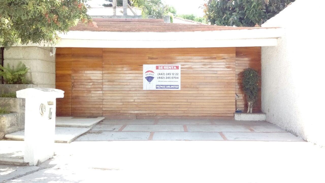 Casa en renta del valle quer taro 4 habitaciones 15k for Casas en renta en queretaro