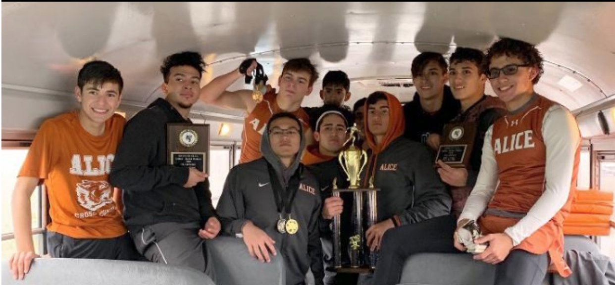 Alice Boys get 1st at Winter Relays