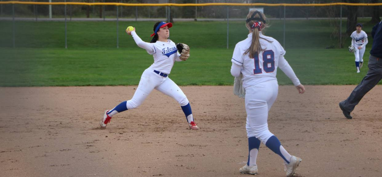 Road Win But Home Loss for Softball