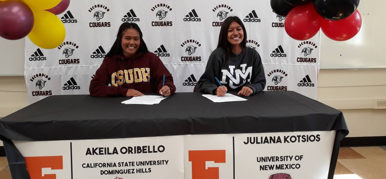 Akeila Oribello and Juliana Kotsios sign NLI Letters!!