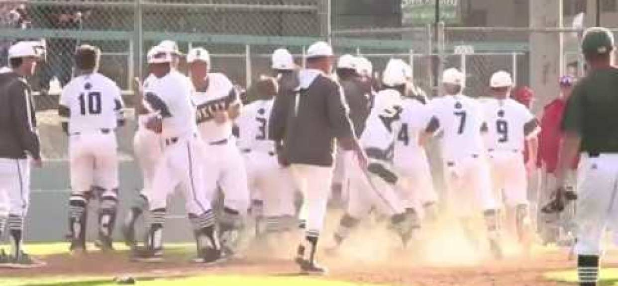 Helix Scotties walk-off HR to beat Cathedral Catholic