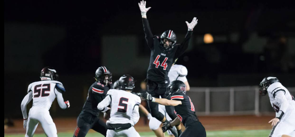 SFC FOOTBALL REACHING FOR 2017 CIF TITLE