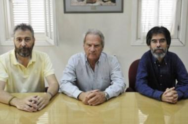 Julio Tartaglione, acompañado por Saraniti y Musso, en la presentación del ciclo.