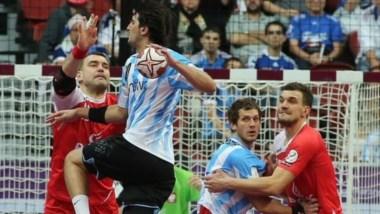 Polonia se hizo con triunfo ante una Argentina que lo intentó hasta el final.