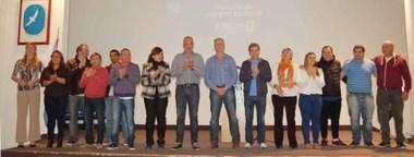 Buzzi presidió la presentacióm del trabajo elaborado por un equipo de técnicos del FpV. Estuvo junto al candidato a intendente, Carlos Eliceche.