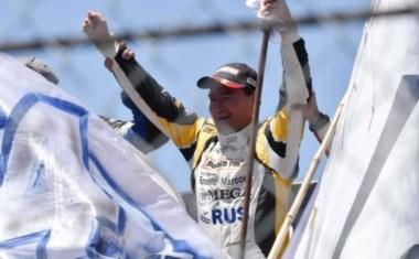 A los 49 años, Gurí Martínez sigue demostrando que es uno de los mejores pilotos del país.
