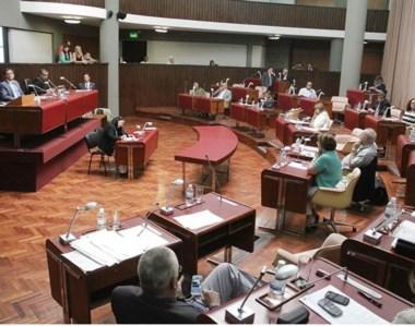 Leyes clave. La Cámara de Diputados pudo sesionar para aprobar los fondos destinados a sueldos.