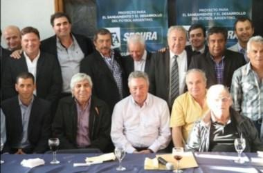 Segura realizó el cierre de campaña para la presidencia de la AFA.