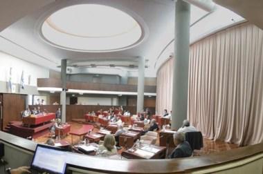 Postal. En una de sus últimas sesiones, la Cámara de Diputados aprobó algunas leyes de importancia.