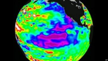 Imagen satelital en infrarrojo que muestra la región del Pacífico ecuatorial que se calienta más y genera mayor vapor de agua en la atmósfera.