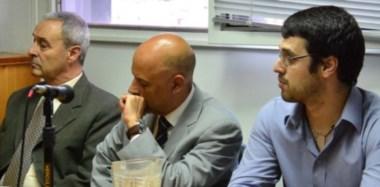 Oscar Naya, el defensor Gustavo Latorre y Eduardo Naya, cuando se realizaba la explicación oral del fallo que causó mucho enojo social.