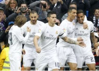 Brutal paliza del Real Madrid a un Rayo que terminó con 9.