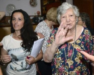 La abuela Chicha y Clara Anahí. La selfie destacada del año.