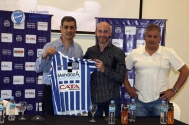 El ex jugador de San Lorenzo y Vélez se convirtió en el nuevo DT de Godoy Cruz.