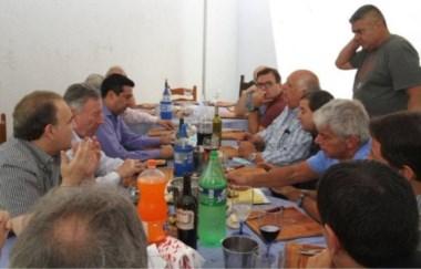La interna de la interna: Segura y su gente discuten sobre la fecha de las elecciones.