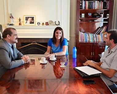 Reunión mantenida entre la ministro nacional y  Martínez Conti.