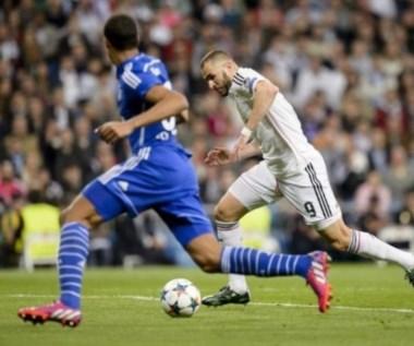 Benzema anotó un gran gol para el Madrid que clasificó gracias al resultado de ida.