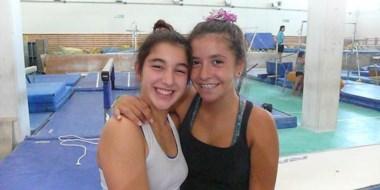 Ellas son las gimnastas trelewenses Cielo Lupi y Valentina Torres en las instalaciones del CeNaRD.