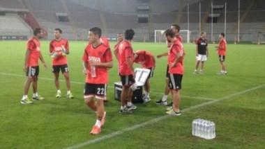 Los jugadores de Gallardo entrenaron en Lima. Hubo ejercicios tácticos y de definición.