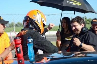 Agustin Canapino en su debut con el Midas ganó la primera carrera en Paraná.
