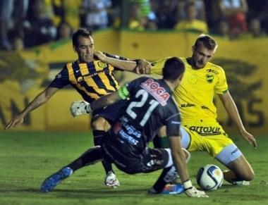 Un empate con muchos goles que le permitió a Rosario Central alcanzar a San Lorenzo.