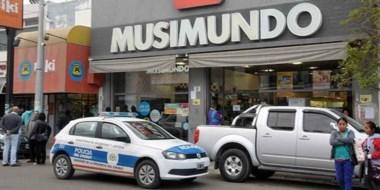Policía intervenía en el hecho bajo las órdenes de José  de  la Cruz Castillo, jefe de la Unidad Regional.