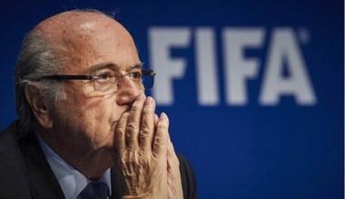 Joseph Blatter aseguró que no renunciará y pretende seguir al frente.