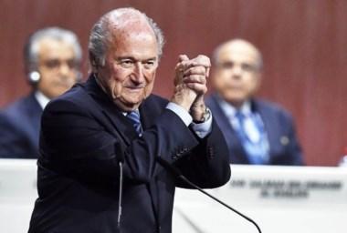 Blatter, más acorralado que nunca: lo suspendió el Comité de Ética de la FIFA.