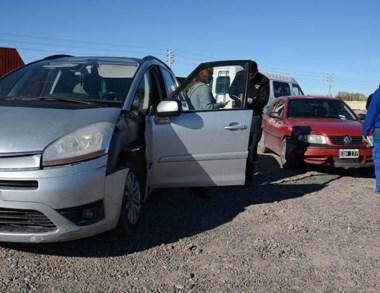La colisión entre un Citroën y un Gol fue en la avenida Eva Perón.