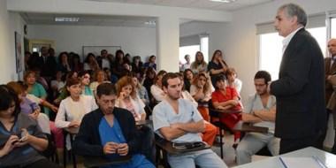 El director del Hospital Zonal , Ruben Lindner, encabezó las actividades en el Centro Materno Infantil.