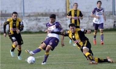 """El """"Aurinegro"""" fue doblegado en Bahía Blanca. La revancha será ante  Belgrano de Santa Rosa, la semana próxima, en Puerto Madryn."""
