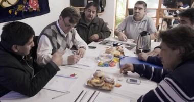 Encuentro del intendente Máximo Pérez Catán con representantes de asociaciones vecinales de la ciudad.
