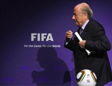 Por el juego y por el mundo. Blatter anunció ayer que se va de la FIFA.