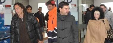 Javier Calamaro y Claudia Villafañe llegaron ayer para hacer el avistaje de ballenas y recorrer la zona.
