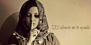 Impactante. Uno de los afiches que protagonizó Victoria contra la violencia de género. Luego la asesinaron.