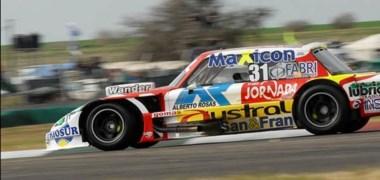 El piloto Jornada, Juan Pablo Gianini, marcó ayer el mejor tiempo y se quedó con la pole. Hoy debe ratificarlo en la serie para llegar con posibilidades a la final de la novena fecha.